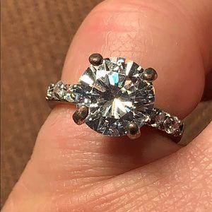Fashion ring 💍 large sparkle!